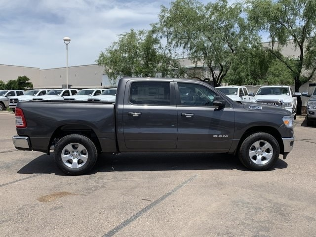 2019 Ram 1500 Crew Cab 4x2,  Pickup #KN828390 - photo 3