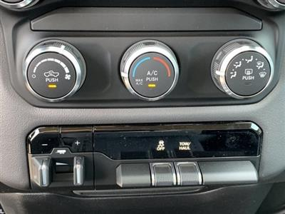 2019 Ram 1500 Crew Cab 4x2,  Pickup #KN828390 - photo 17