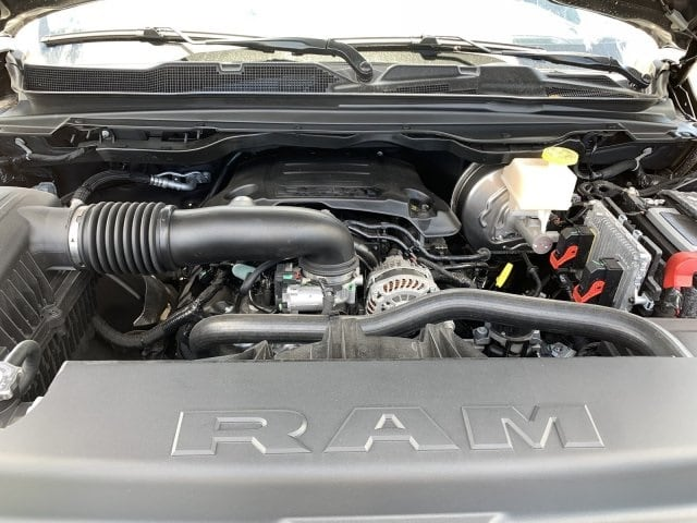 2019 Ram 1500 Crew Cab 4x2,  Pickup #KN828391 - photo 10