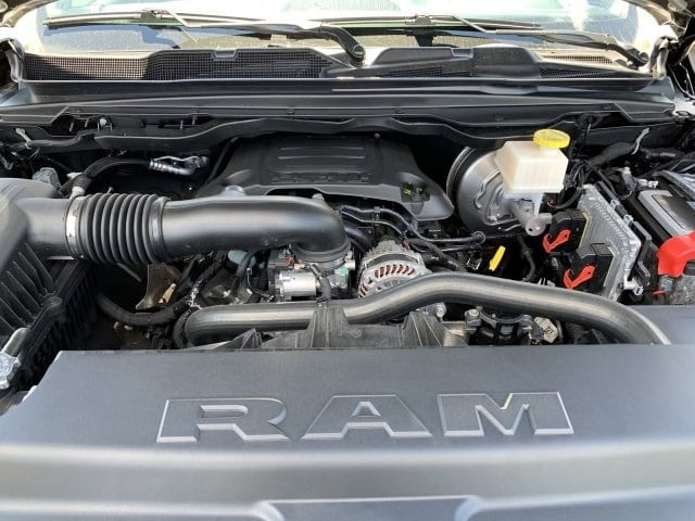 2019 Ram 1500 Crew Cab 4x2,  Pickup #KN828392 - photo 10