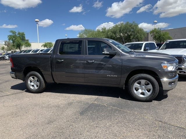 2019 Ram 1500 Crew Cab 4x2,  Pickup #KN828392 - photo 3