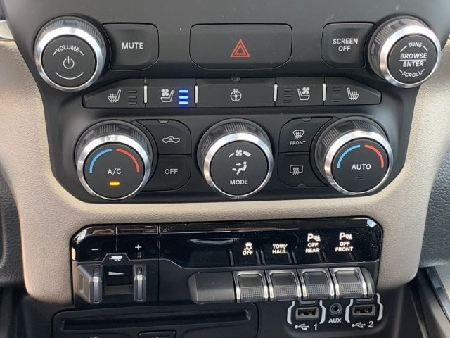 2019 Ram 1500 Quad Cab 4x2,  Pickup #KN828483 - photo 19