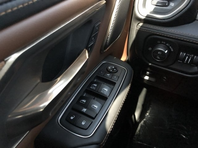 2019 Ram 1500 Crew Cab 4x4,  Pickup #KN832364 - photo 23