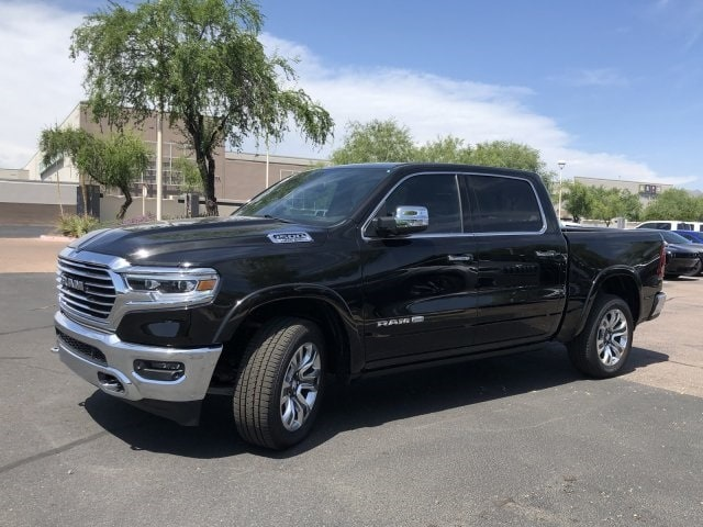 2019 Ram 1500 Crew Cab 4x4,  Pickup #KN832373 - photo 3