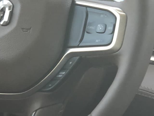 2019 Ram 1500 Crew Cab 4x4,  Pickup #KN832384 - photo 18