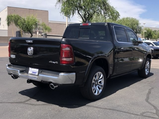 2019 Ram 1500 Crew Cab 4x4, Pickup #KN832384 - photo 4