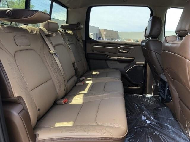 2019 Ram 1500 Crew Cab 4x4, Pickup #KN832384 - photo 11