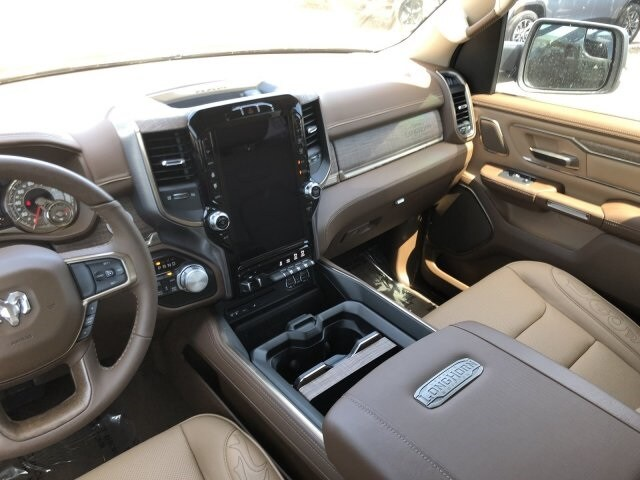 2019 Ram 1500 Crew Cab 4x4, Pickup #KN832384 - photo 13