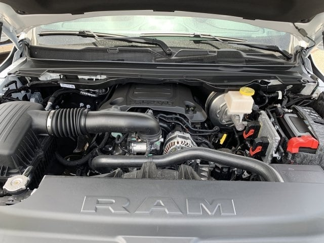 2019 Ram 1500 Crew Cab 4x4,  Pickup #KN832388 - photo 10