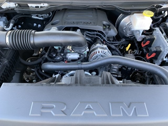 2019 Ram 1500 Crew Cab 4x4,  Pickup #KN832393 - photo 7
