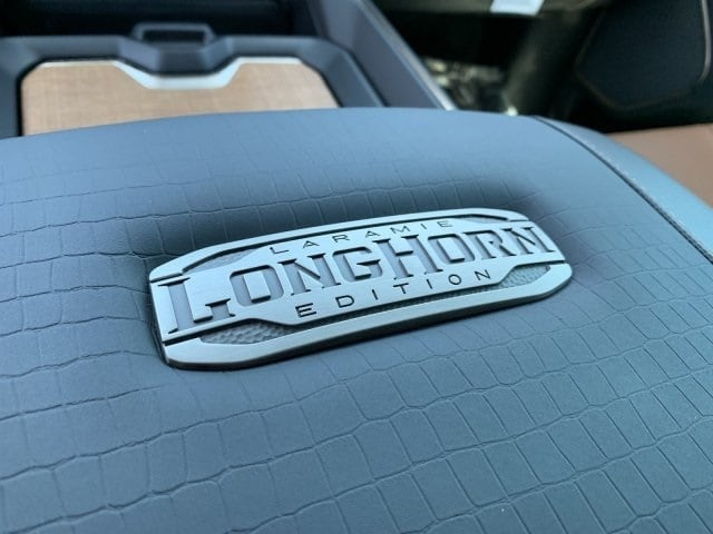 2019 Ram 1500 Crew Cab 4x4, Pickup #KN832400 - photo 19