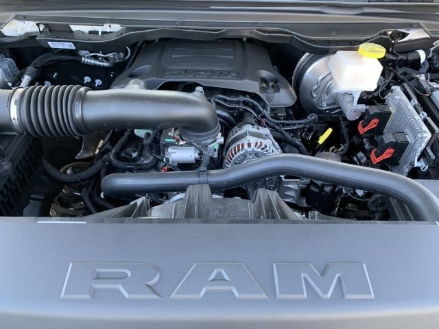 2019 Ram 1500 Crew Cab 4x4, Pickup #KN832406 - photo 7