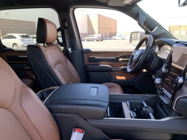 2019 Ram 1500 Crew Cab 4x4, Pickup #KN832406 - photo 10
