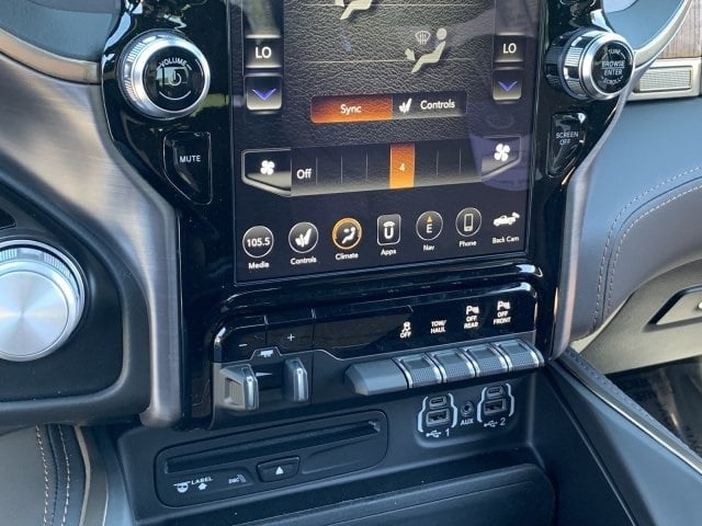 2019 Ram 1500 Crew Cab 4x4, Pickup #KN832406 - photo 22