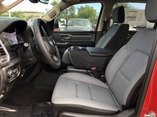 2019 Ram 1500 Crew Cab 4x4, Pickup #KN857994 - photo 21