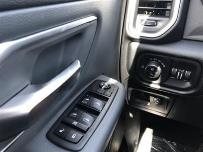 2019 Ram 1500 Crew Cab 4x2, Pickup #KN858282 - photo 3