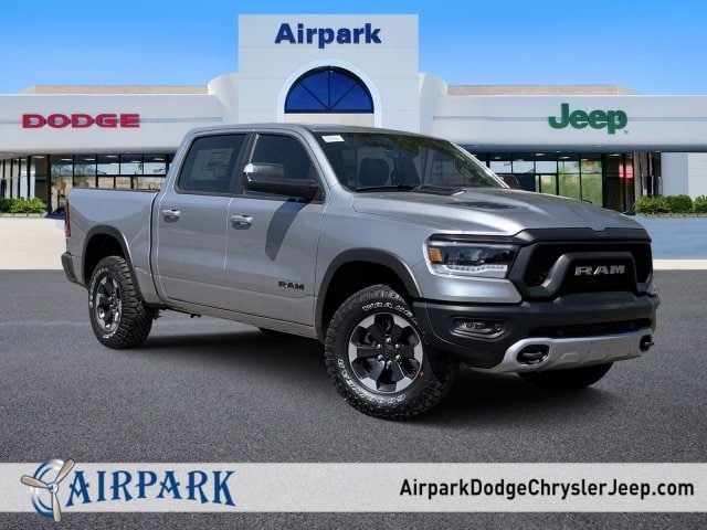 2019 Ram 1500 Crew Cab 4x4,  Pickup #KN859584 - photo 1