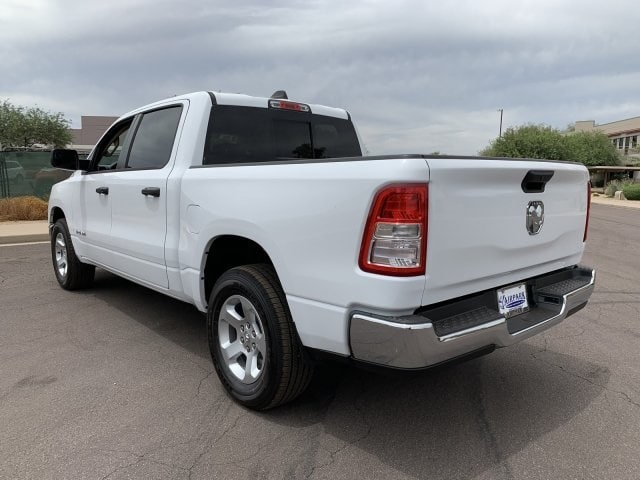2019 Ram 1500 Crew Cab 4x2,  Pickup #KN864911 - photo 5