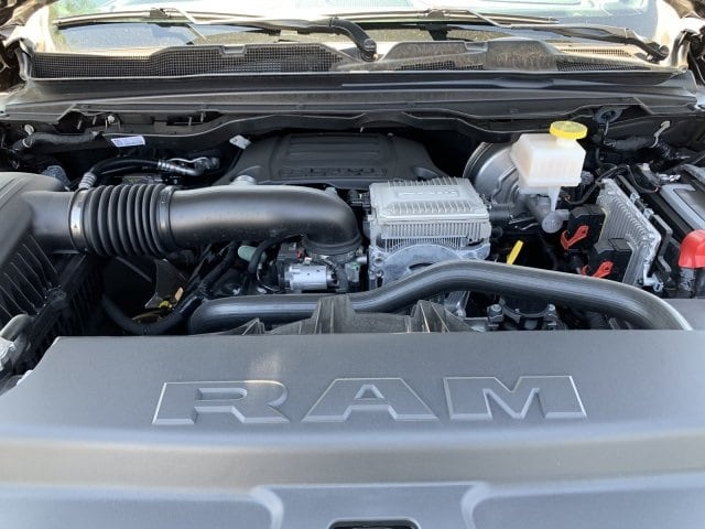 2019 Ram 1500 Crew Cab 4x4,  Pickup #KN881427 - photo 11