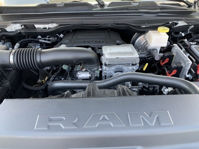 2019 Ram 1500 Crew Cab 4x4,  Pickup #KN881428 - photo 11