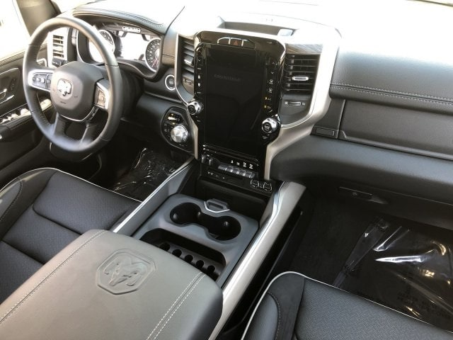 2019 Ram 1500 Crew Cab 4x4,  Pickup #KN881439 - photo 14