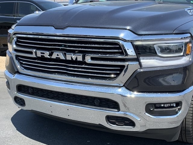 2019 Ram 1500 Crew Cab 4x4,  Pickup #KN881441 - photo 8