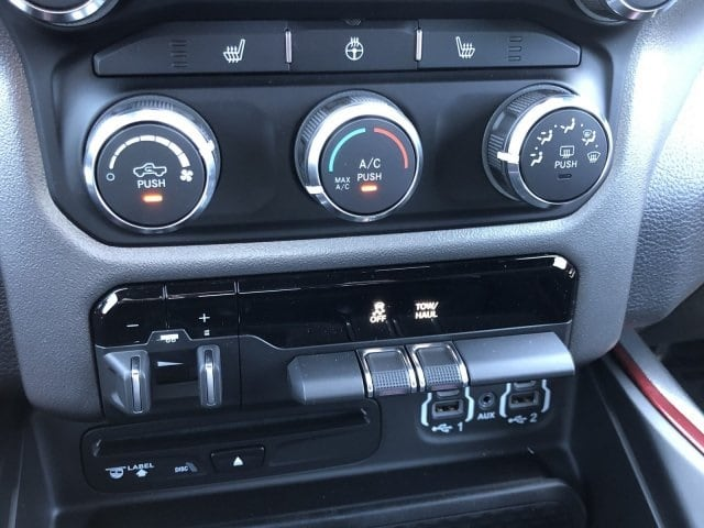 2019 Ram 1500 Crew Cab 4x2,  Pickup #KN912624 - photo 20