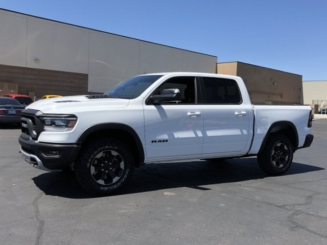 2019 Ram 1500 Crew Cab 4x2,  Pickup #KN912624 - photo 3