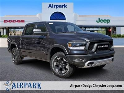 2019 Ram 1500 Crew Cab 4x4, Pickup #KN913577 - photo 1