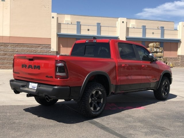 2019 Ram 1500 Crew Cab 4x4,  Pickup #KN913579 - photo 2