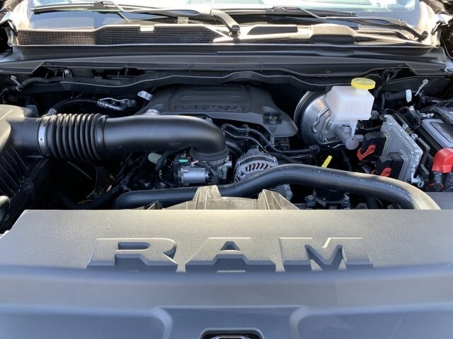 2019 Ram 1500 Crew Cab 4x4,  Pickup #KN913584 - photo 10
