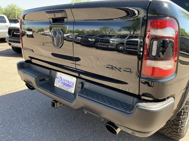 2019 Ram 1500 Crew Cab 4x4,  Pickup #KN913584 - photo 4