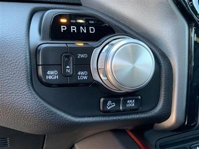 2019 Ram 1500 Crew Cab 4x4,  Pickup #KN913584 - photo 19