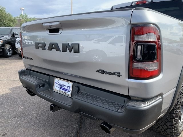 2019 Ram 1500 Crew Cab 4x4,  Pickup #KN913593 - photo 4