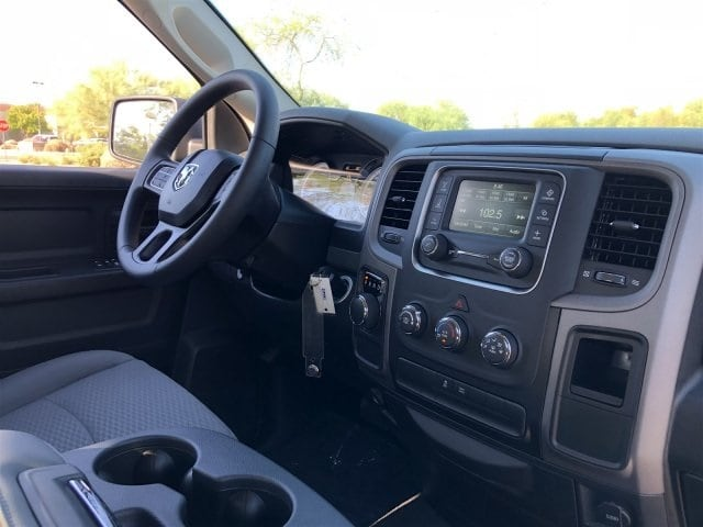 2019 Ram 1500 Quad Cab 4x2,  Pickup #KS516160 - photo 5