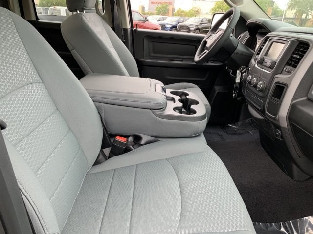 2019 Ram 1500 Quad Cab 4x2,  Pickup #KS516164 - photo 6