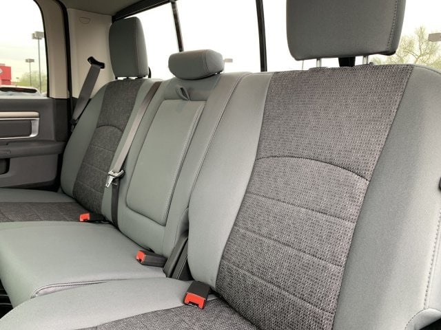 2019 Ram 1500 Crew Cab 4x4,  Pickup #KS537627 - photo 7