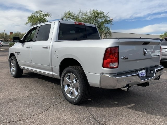 2019 Ram 1500 Crew Cab 4x4,  Pickup #KS551742 - photo 3