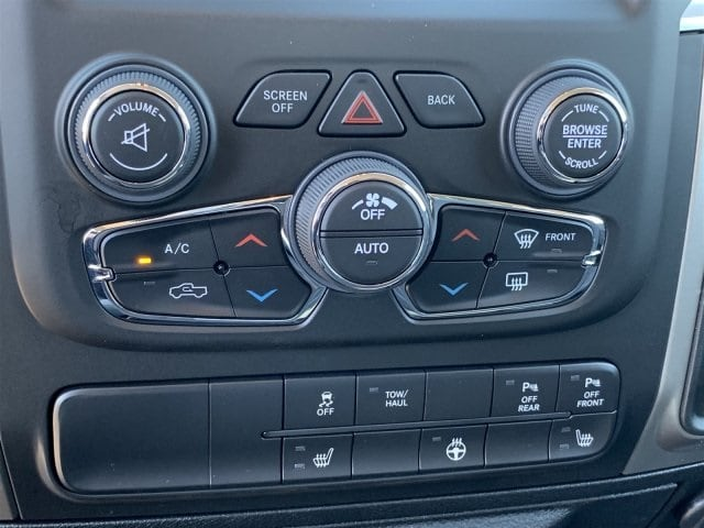 2019 Ram 1500 Crew Cab 4x4,  Pickup #KS560838 - photo 11