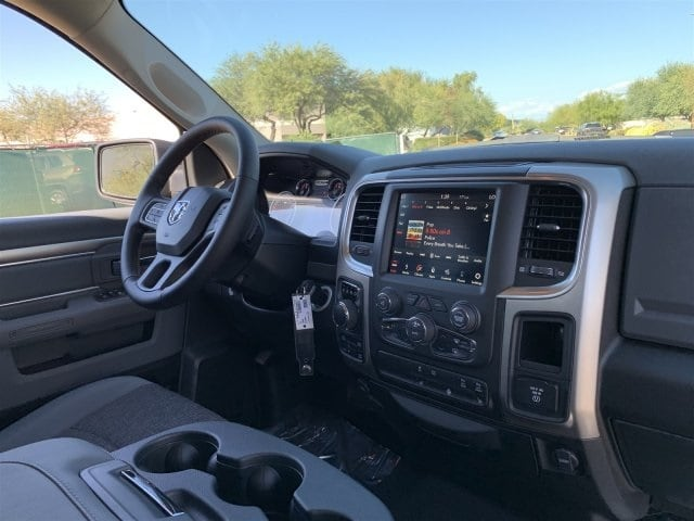 2019 Ram 1500 Crew Cab 4x4,  Pickup #KS560838 - photo 5