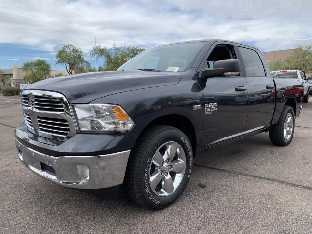 2019 Ram 1500 Crew Cab 4x2,  Pickup #KS573526 - photo 4