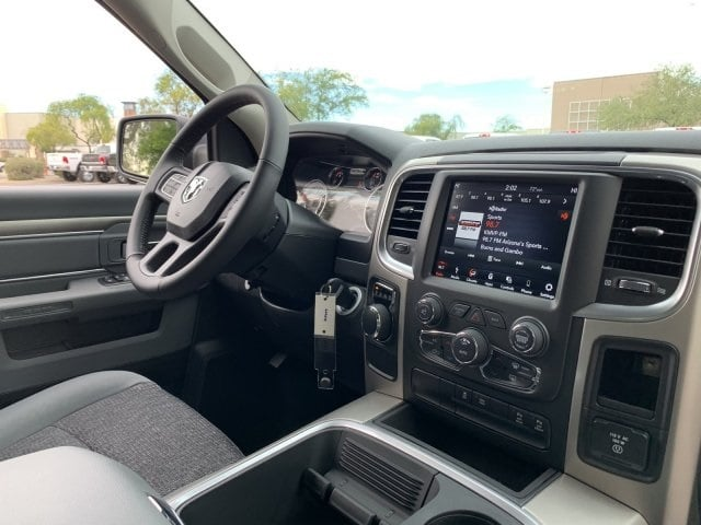 2019 Ram 1500 Crew Cab 4x2,  Pickup #KS573527 - photo 5