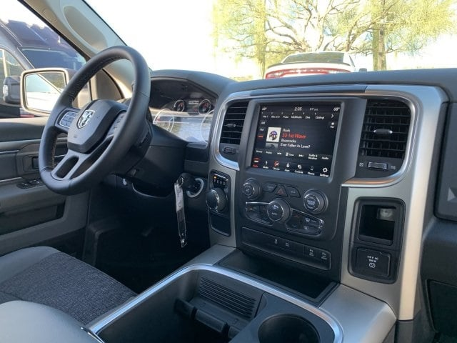 2019 Ram 1500 Crew Cab 4x2,  Pickup #KS573528 - photo 5