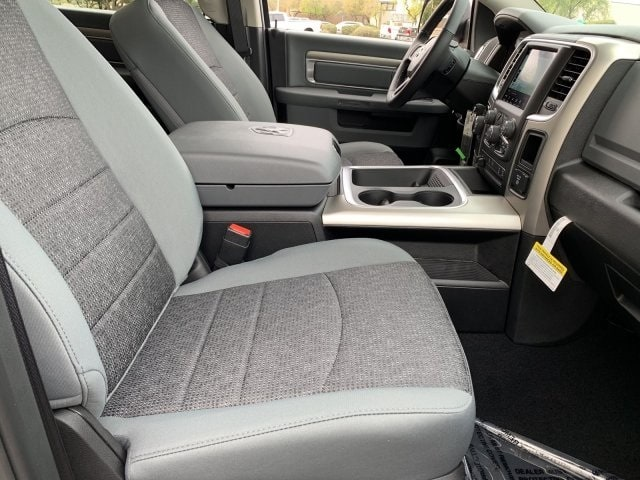 2019 Ram 1500 Crew Cab 4x2,  Pickup #KS573529 - photo 6