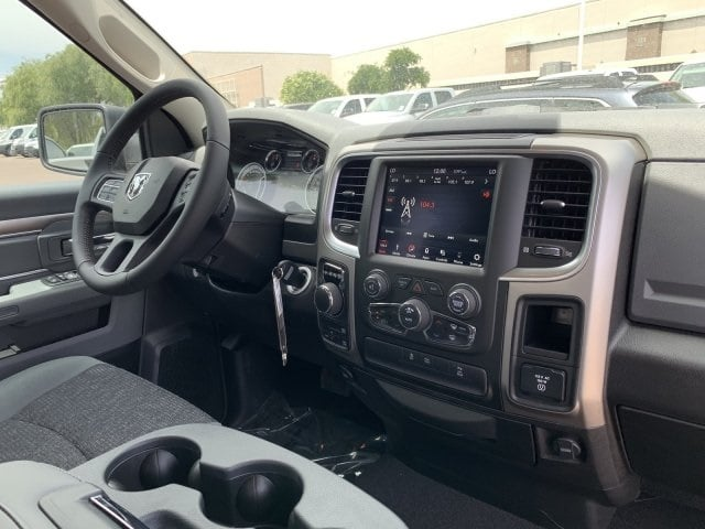 2019 Ram 1500 Quad Cab 4x4,  Pickup #KS617416 - photo 10