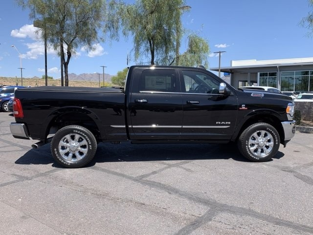 2020 Ram 2500 Crew Cab 4x4, Pickup #LG149029 - photo 3