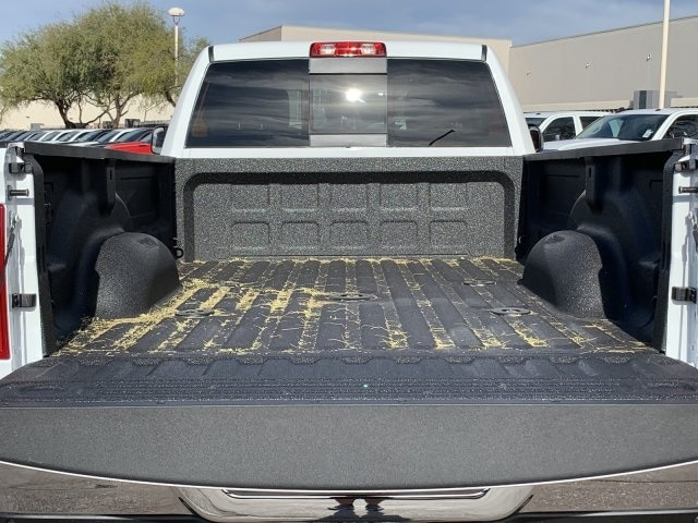 2020 Ram 3500 Crew Cab DRW 4x4, Pickup #LG154670 - photo 12