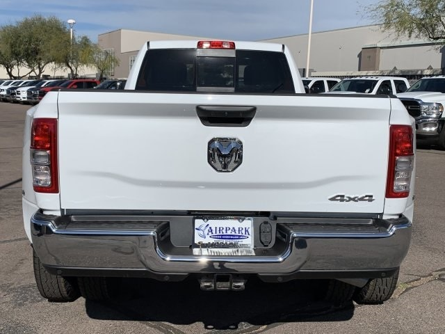 2020 Ram 3500 Crew Cab DRW 4x4, Pickup #LG154677 - photo 13