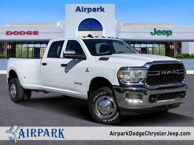 2020 Ram 3500 Crew Cab DRW 4x4, Pickup #LG154677 - photo 1