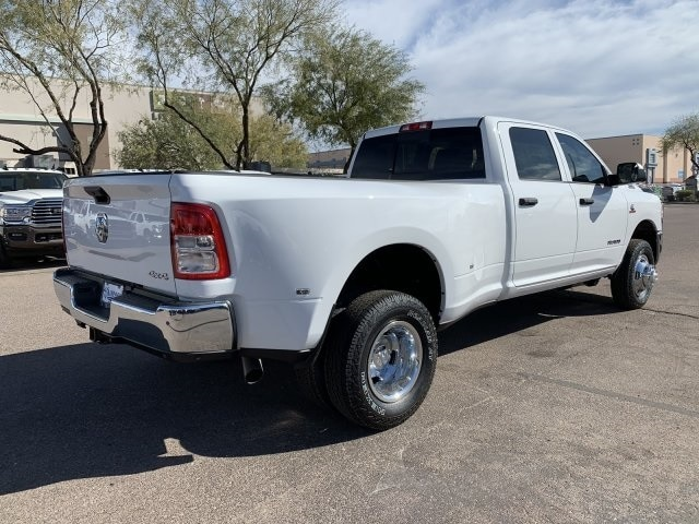 2020 Ram 3500 Crew Cab DRW 4x4, Pickup #LG154677 - photo 2